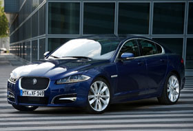Location Jaguar XF  Lyon